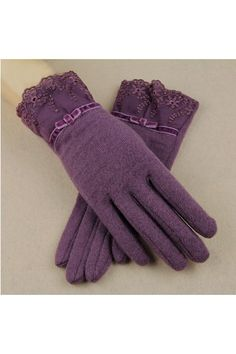 Shearling Gloves with Lace Cuffs