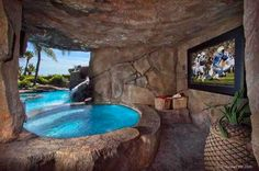 pièces spécialement conçues pour faire le bonheur des geeks Wow, just wow! Hot tub off of the pool, winds undercover to an amazing man cave. Hot tub off of the pool, winds undercover to an amazing man cave. Insane Pools, Dream Pools, Luxury Swimming Pools, Cool Pools, Pool Designs, Outdoor Pool, Indoor Outdoor, Pool Backyard, Backyard Ideas