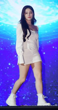 MOMOLAND Nancy at SORIBADA BEST K-MUSIC AWARDS - Sexy K-pop Korean Beauty Girls, Beauty Full Girl, Asian Beauty, Korean Girl, Beautiful Girl Photo, Beautiful Asian Women, Beautiful Indian Actress, Girl Pictures, Girl Photos