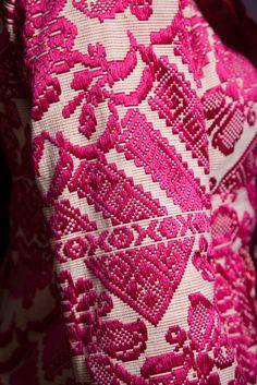 Red details. #florideie #fashion #special #red #unique #designer #romaniandesign #winter #emrboidery #coat #style #elegance #details Vibrant Colors, Colours, End Of Summer, New Outfits, Unique, Designer, Blanket, Detail, Elegant