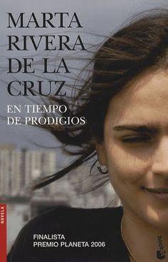 """EL LIBRO DEL DÍA:  """"En tiempo de prodigios"""", de Marta Rivera de la Cruz.  ¿Has leído este libro? ¿Nos ayudas con tu voto y comentario a que más personas se hagan una idea del mismo en nuestra web? Éste es el enlace al libro: http://www.quelibroleo.com/en-tiempo-de-prodigios ¡Muchas gracias! 31-3-2013"""