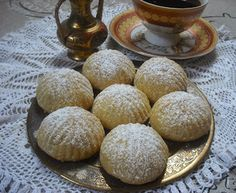 Recetas De Dulces Arabes De Datiles - myTaste.es Comida Armenia, Real Food Recipes, Cookie Recipes, Pie Co, Middle East Food, Arabian Food, Sweet Cooking, Eat Seasonal, British Baking