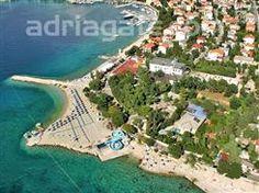 Sandy beaches - A guide to the beaches  Rokan beach, Kvarner, Rijeka and Crikvenica riviera, Selce (Crikvenica), sandy and concrete slabs