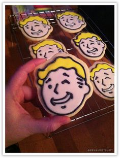 Fallout 3 Vaultboy cookies <3 OMG I want a fallout 3 birthday party :)