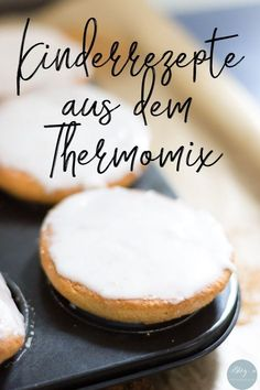 Kinderrezept für leckere Amerikaner aus dem Thermomix So for the first time we have a baking recipe for you that will not only taste delicious … Baby Food Recipes, Baking Recipes, Cake Recipes, Childrens Meals, Thermomix Desserts, Food Cakes, Kids Meals, The Best, Food Processor Recipes