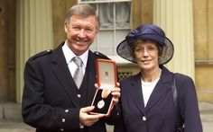 Joining the realm : manager Alex Ferguson (Manchester United FC, was awarded a knighthood for his services to football in one of a number of honours bestowed on him after winning the 1999 UEFA Champions League. Marianne Faithfull, Sir Alex Ferguson, European Cup, Jamie Campbell, Lulu Guinness, Uefa Champions League, Football Team, Manchester United, Soccer