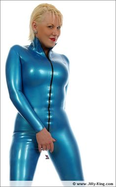 Electric Blue id definitely Jilly's colour... STUNNING!!