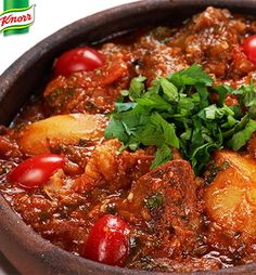 Mom's tomato bredie Stew Meat Recipes, Seafood Recipes, Cooking Recipes, What's Cooking, South African Dishes, South African Recipes, Africa Recipes, Food Dishes, Lamb Dishes