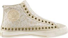 lace converse. ♥