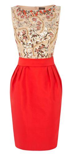 Gorgeous sequined pencil dress