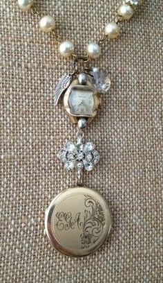 Vintage Jewelry Crafts SReid: Nanny's Treasures: My Vintage Heirloom Design 4 - Free jewelry tutorials, plus a friendly community sharing creative ideas for making and selling jewelry. Vintage Jewelry Crafts, Recycled Jewelry, Jewelry Art, Antique Jewelry, Beaded Jewelry, Handmade Jewelry, Jewelry Design, Fashion Jewelry, Jewelry Ideas