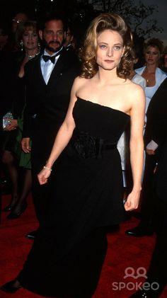 Academyawards/oscars L5162mf. Sd03/29/1993 65th Annual Academy Awards Jodie Foster Photo by Michael Ferguson/Globe Photos,inc.