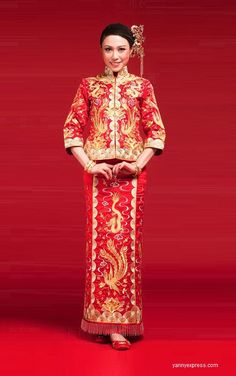 Chinese Wedding Dress Qun Kwa Bridal Gold Silver Embroidery Gown
