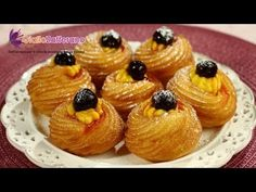 This famous recipe is a tribute to all daddies in the world, to celebrate Father's Day: the Saint Joseph's Day zeppole!