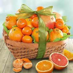 Los citricos son parte esencial de nuestra alimentación diaria! ..... Citrus fruits are an essential part of our daily diet!