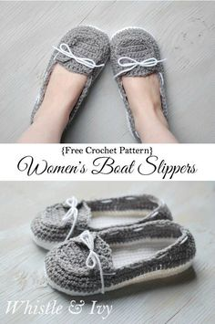 Free Crochet Pattern - Get the free pattern for these comfy and cute boat shoes slippers! {Pattern by Whistle and Ivy} Sie Hausschuhe Ballett Women's Crochet Boat Slippers - Free Crochet Pattern - Whistle and Ivy Crochet Gratis, Crochet Diy, Crochet Ideas, Easy Crochet Socks, Crochet Boat, Knitting Patterns, Crochet Patterns, Crochet Buttons, Crochet Slippers