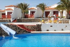 Castillo Beach Park Caleta De Fuste, Fuerteventura Castillo Beach Park is suitable for families, couples and groups looking for a relaxing break with local activities and sports nearby....