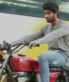 Yamaha Rx100, Telugu Hero, Love Couple Images, Vijay Actor, John Abraham, Vijay Devarakonda, Indian Star, Actors Images, Beautiful Bollywood Actress
