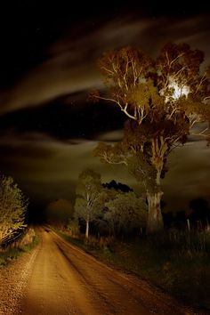 Headlight Moonlight Starlight, Broken Creek, Victoria, Australia by Andrew C Wallace - Getting Back To Nature Beautiful Moon, Beautiful World, Beautiful Places, Love Images, Beautiful Pictures, Jolie Photo, Night Skies, Beautiful Landscapes, Moonlight