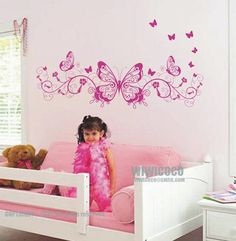 Why didn't my room look like this? Too cute!