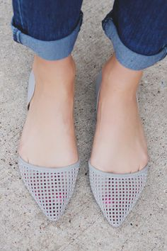 Dove Grey Faux Leather Pointed Toe Flat– UOIOnline.com: Women's Clothing Boutique