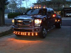 pick+up+trucks+with+chicken+lights | Let's see those aftermarket exterior lighting set-ups!!