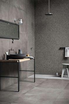 Tendenze bagno 2017 - Doccia con rivestimento a mosaico