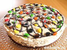 """Non Stop"" iskake ~ En av mine mest populære iskaker! Norwegian Food, Norwegian Recipes, Pudding Desserts, Health And Wellbeing, Creative Food, Doughnut, Nom Nom, Cake Recipes, Cheesecake"