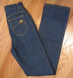 Chic Jeans - the pockets have to be high above the buttocks to be authentic 1970's, very close to the true waist (unlike today's copies).