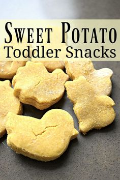 Potato Toddler Snacks Deliciously healthy allergen-free snacks for toddlers. Simple to make and kids love them! via healthy allergen-free snacks for toddlers. Simple to make and kids love them! Baby Food Recipes, Gourmet Recipes, Snack Recipes, Sweet Potato Toddler Recipes, Detox Recipes, Kid Recipes, Dinner Recipes, Family Recipes, Delicious Recipes