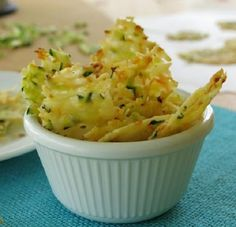 "low carb recipes for dinner ""Snack Recipes: Parmesan Cheese Crisps are laced with zucchini and carrot shreds. Easy bake recipe for tasty gluten-free, low-carb snack."" Parmesan Cheese Crisps Laced with Zucchini & Carrots Appetizer Recipes, Snack Recipes, Cooking Recipes, Recipes Dinner, Appetizer Buffet, Party Recipes, Tapas, Parmesan Cheese Crisps, Zucchini Parmesan"