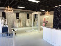 Inverness bridal couture conway, ar atelier dayany em 2019 д Interior Modern, Shop Interior Design, Bridal Boutique Interior, Architecture Art Nouveau, Design Exterior, Design Blogs, Bridal Stores, Bridal Salon, Shop Front Design