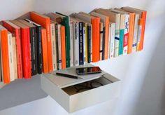 Étagère murale design TEEbooks Shelves #bookshelves #estantes #bucherregale #mensole