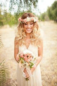 Beautiful bride + flower crown