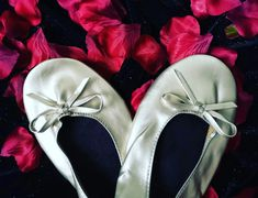 The world's first original Heel Stopper from Clean Heels. Protect your heels at outdoor events, weddings, proms and race days. Heel Stoppers, Outdoor Events, Race Day, Pumps, Heels, First World, Ballet, Colours, Cleaning