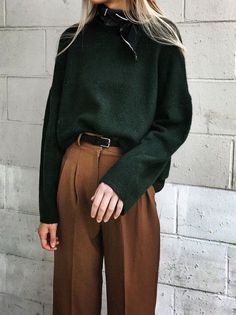 Fall fashion and Fall outfits for women: fall outfit inspiration. #outfits #Fallfashion #Fallfashionideas #Falltrends #Fallfashiontrends #Fallfashiontrendsforwomen #Outfitideas #Outfitideasforwomen #Outfitsforwomen #Fallfashionforwomenover50 Normcore, Style, Fashion, Swag, Moda, Fasion, Outfits
