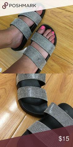 a3dae61bca7 Black sandals Una sandalia que te hará sentir a la moda todo el verano  A