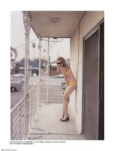 Stephen Shore, an American photographer currently exhibited at the Rencontres d'Arles, did throughout his life pictures that have marked time. Stephen Shore, History Of Photography, Color Photography, Portrait Photography, Fashion Photography, Walker Evans, New Topographics, Blake Steven, Inspiration Artistique