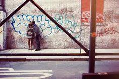 「artistic engagement photos graffiti」的圖片搜尋結果