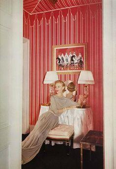 Tent style, 1952 Vogue.