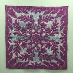 いいね!126件、コメント3件 ― @suzymomonのInstagramアカウント: 「#hawaiian quilt  #ハワイアンキルト」