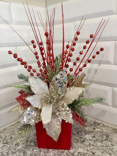 Outstanding Christmas deco info are readily available on our web pages. Christmas Vases, Christmas Flower Arrangements, Christmas Table Centerpieces, Christmas Flowers, Gold Christmas, Diy Christmas Gifts, Xmas Decorations, Christmas Projects, Christmas Home