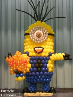 11 ft. tall balloon Minion made by Patricia Balloona, http://patriciaballoona.wordpress.com/2014/10/16/408th-and-409nth-balloon-sculptures-star-and-11-ft-tall-minion/