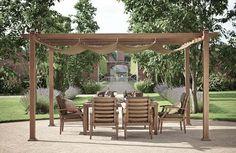 pergola bois de chêne à toile rétractable et meubles de jardin assortis