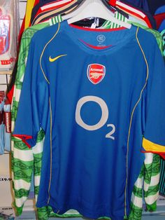 55c2b365595 Arsenal mens nike blue football shirt
