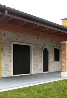 Mexico House, Gypsum, Holidays And Events, Garage Doors, Villa, How To Plan, Stone, Outdoor Decor, Home Decor