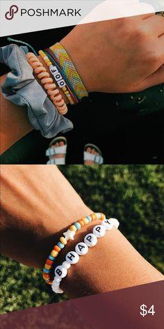 VSCO beaded bracelets Colored beads with letter beads Jewelry Bracelets - Perlen Schmuck Pony Bead Bracelets, Friendship Bracelets With Beads, Cute Bracelets, Braided Bracelets, Friendship Bracelet Patterns, Jewelry Bracelets, Letter Bead Bracelets, Stack Bracelets, Pony Beads