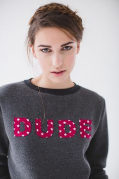 Stitched words on comfy sweatshirts or t-shirts | Inspired by Anita de Groot