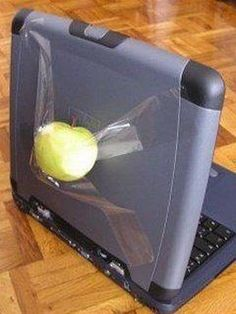 Ghetto Mac Book Pro