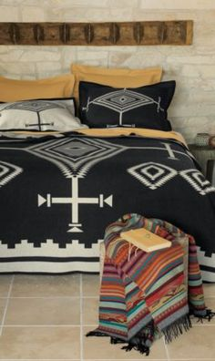 Pendleton Woolen Mills: Black Los Ojos Blanket Collection